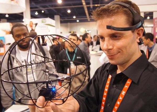 Нейроинтерфейсы для развития мозга
